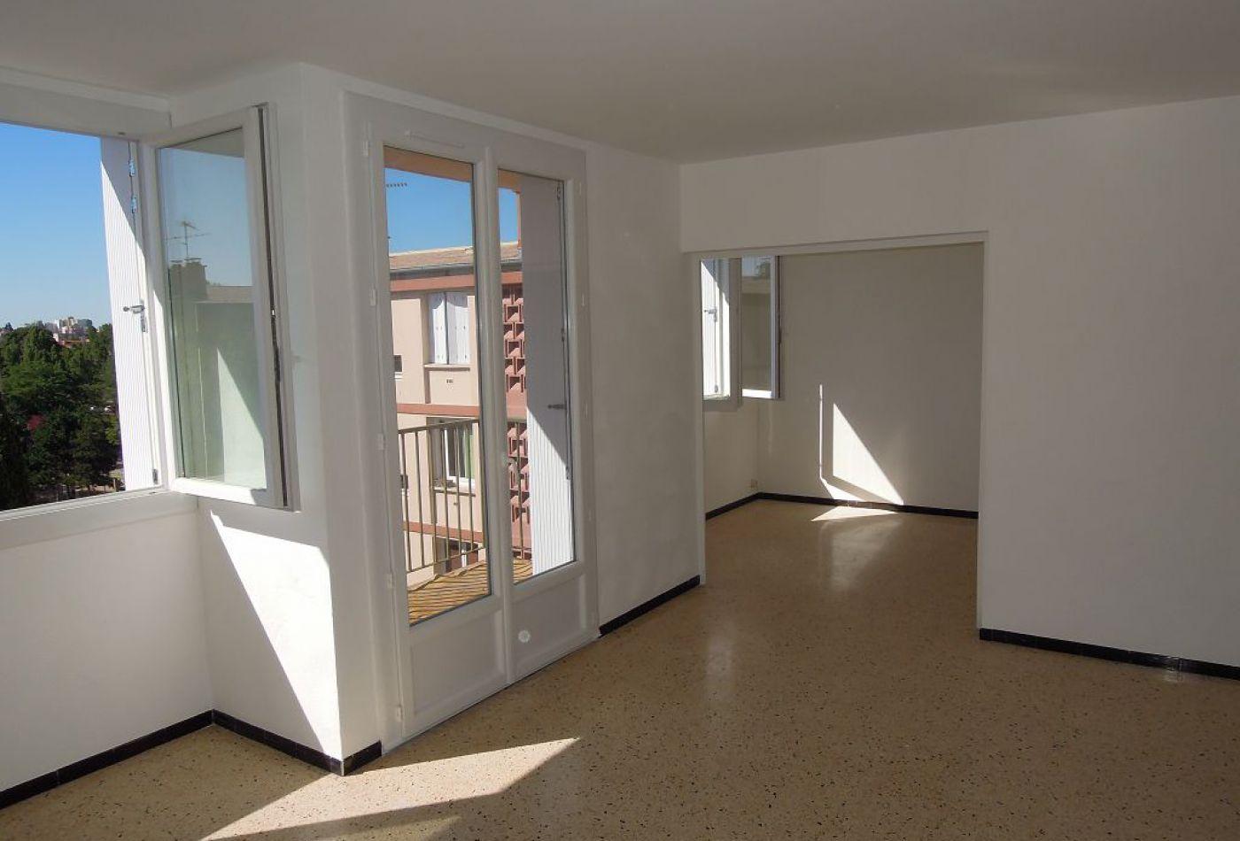 Se renseigner à propos d'un appartement en location à Montpellier